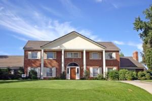 Landhaus auf schönem Grundstück