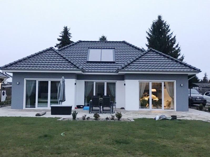 bungalow mit dachausbau 2 hansebautechnik salzwedel uelzen stendal haus planen bauen. Black Bedroom Furniture Sets. Home Design Ideas